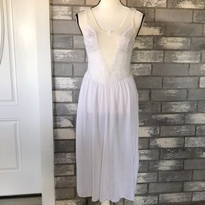 Vintage VS long night gown size S